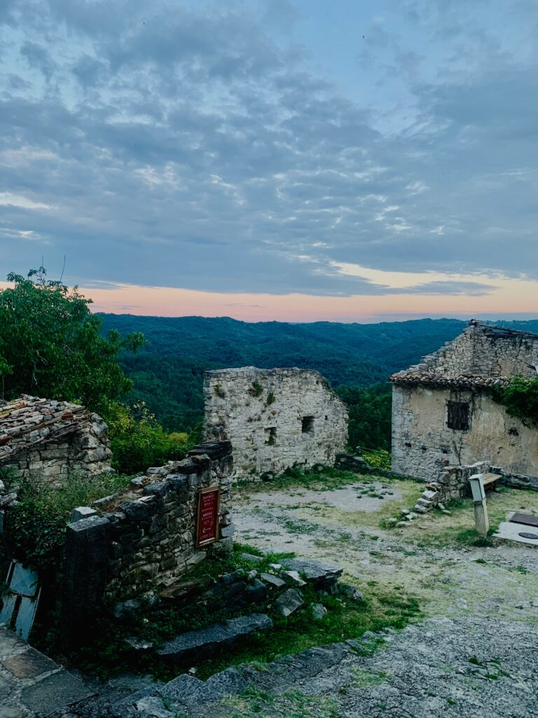 hum croatia castle
